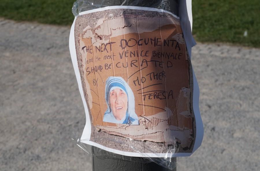 Cartel anónimo, Kassel. Foto: José de Nordenflycht, julio 2017.
