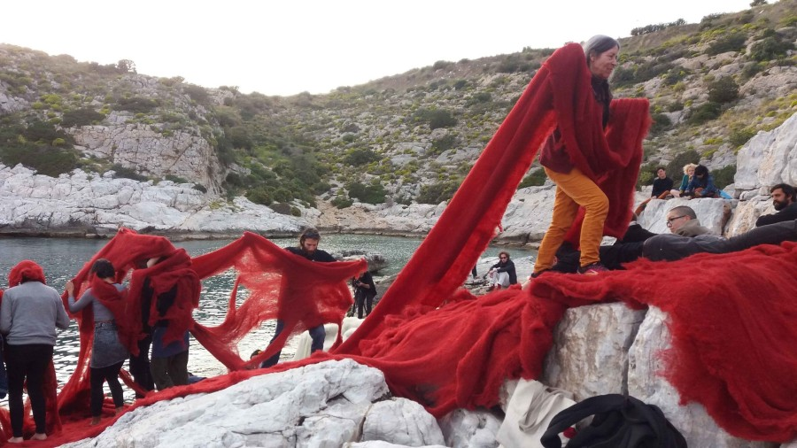 Cecilia Vicuña. Beach Ritual Performance. 2017. Performance view, near Athens, Greece, documenta 14, April 2017. Photo: Natalia Figueroa