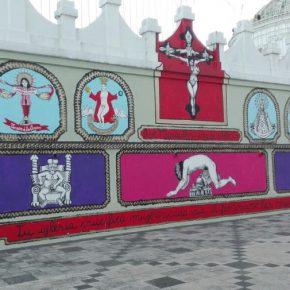 Vista del Milagroso Altar Blasfemo (2017) de Mujeres Creando, Quito, CCM. Fotografía cortesía de Paralaje.xyz