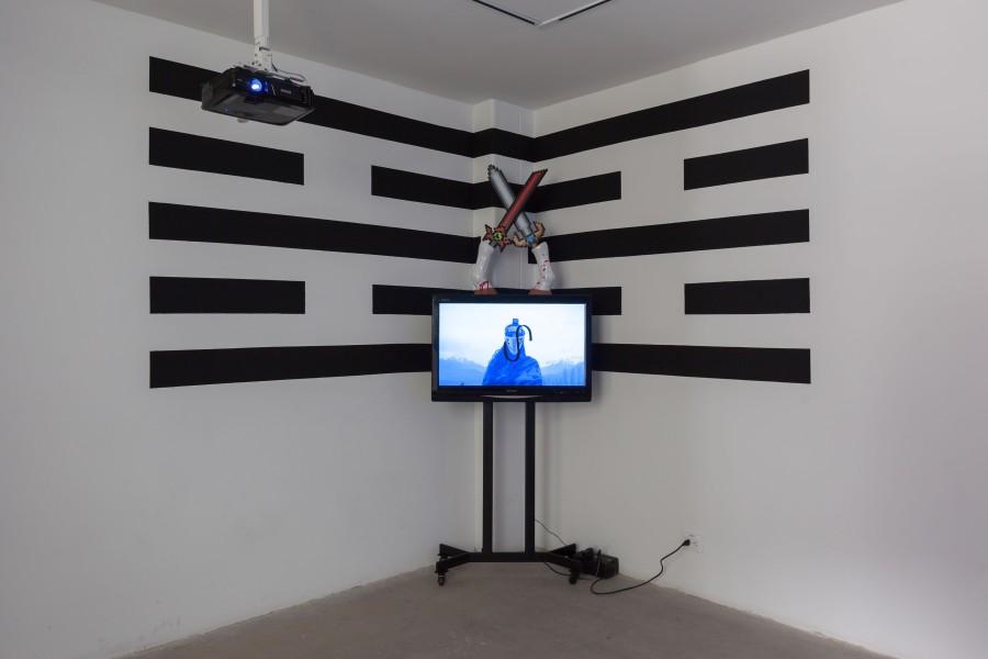 Los ojos serán lo último en pixelarse (2016), pieza de Patricia Domínguez en la muestra colectiva 8.000 Años Después, en galería Libera - Central Contemporánea, Bogotá. Foto: cortesía de la galería.