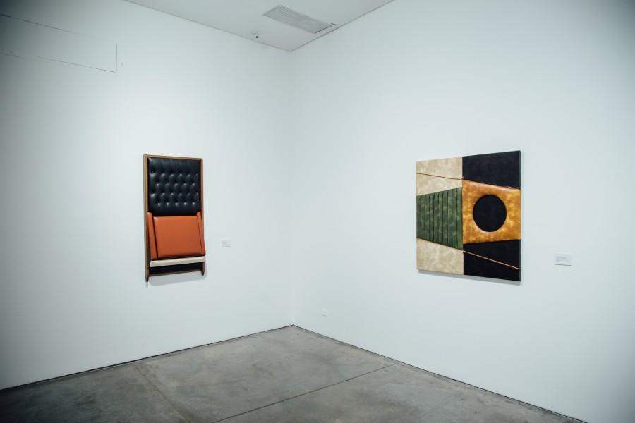 """Vista de la exposición """"Arte Blando"""", de Leonel Estrada, en el Museo de Arte Moderno de Medellín (MAMM), 2017. Foto cortesía de MAMM"""