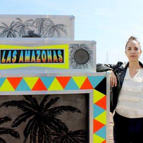 Adriana Ciudad con su obra