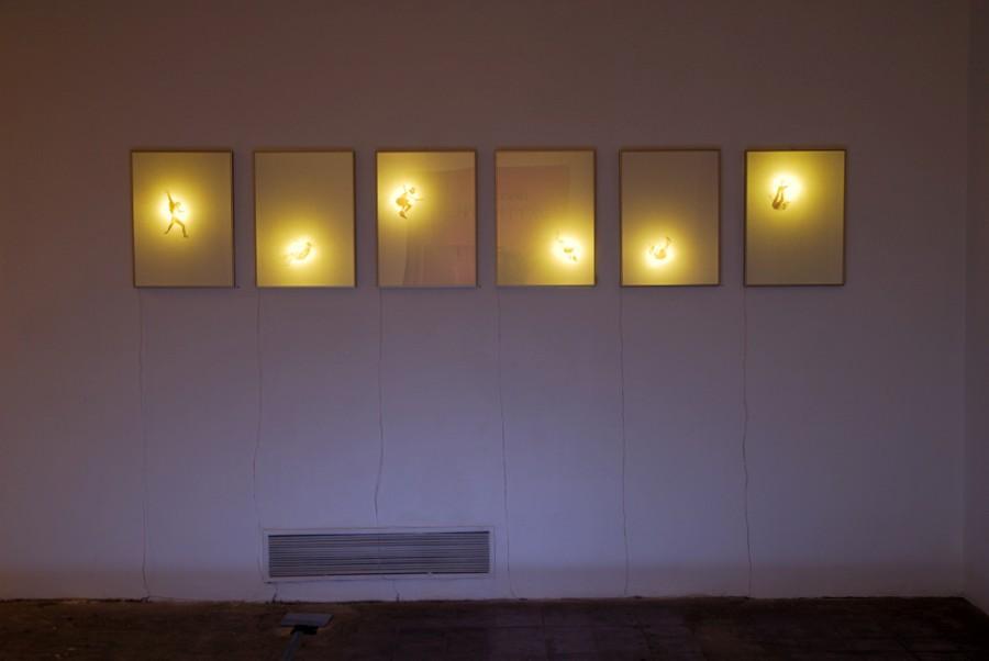 Carlos Rivera, Spoilers, 2013, masking tape, luz. Cortesía del artista y galería AFA