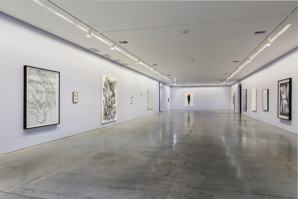 """Vista de la exposición """"Herramientas de trabajo"""", de Carlos Amorales, en el Museo de Arte Moderno de Medellín (MAMM), 2017. Foto: Carlos Tobón"""