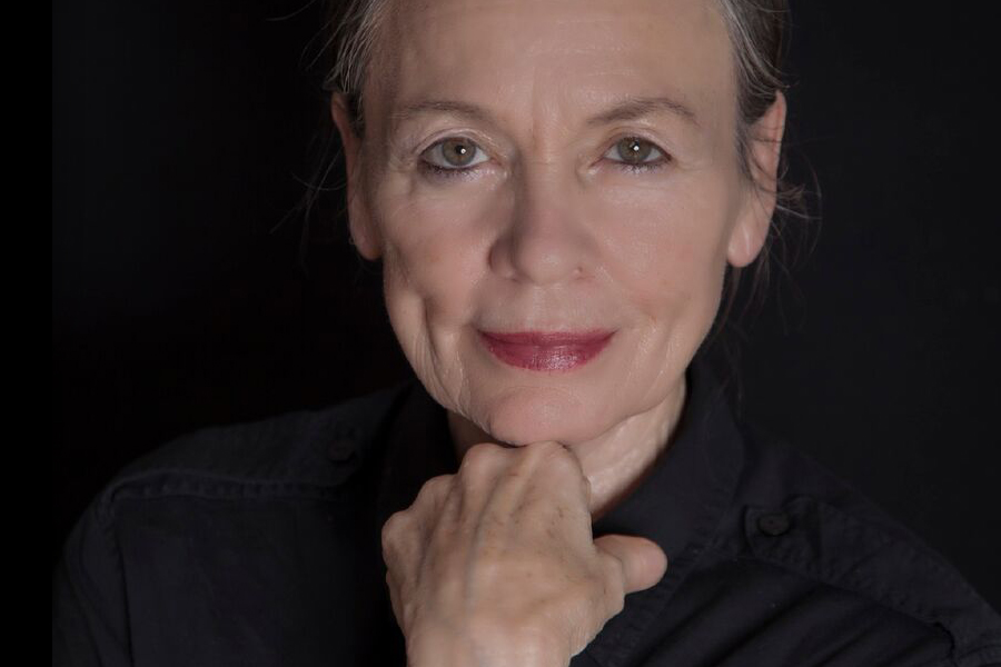 """LAURIE ANDERSON TRAE A CHILE SU TOUR """"LANGUAGE OF THE FUTURE"""""""