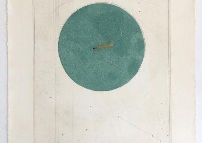 María Edwards, Esfera, 2017, aguafuerte sobre cobre, hilo y objeto móvil, 103 x 76 cm. Edición Limitada