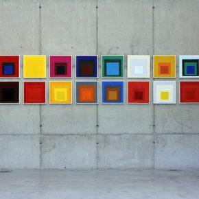 Sandra Gamarra, Imágenes Nítidas en un Ambiente Húmedo II (vista de instalación), 2014, óleo sobre tela, 40 x 40 cm c/u.Foto: Filipe Berndt