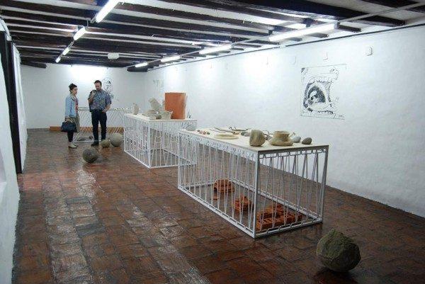 Jorge Satorre en el Salón del Pueblo, Bienal de Cuenca (Ecuador), 2014. Foto: Felipe Mujica