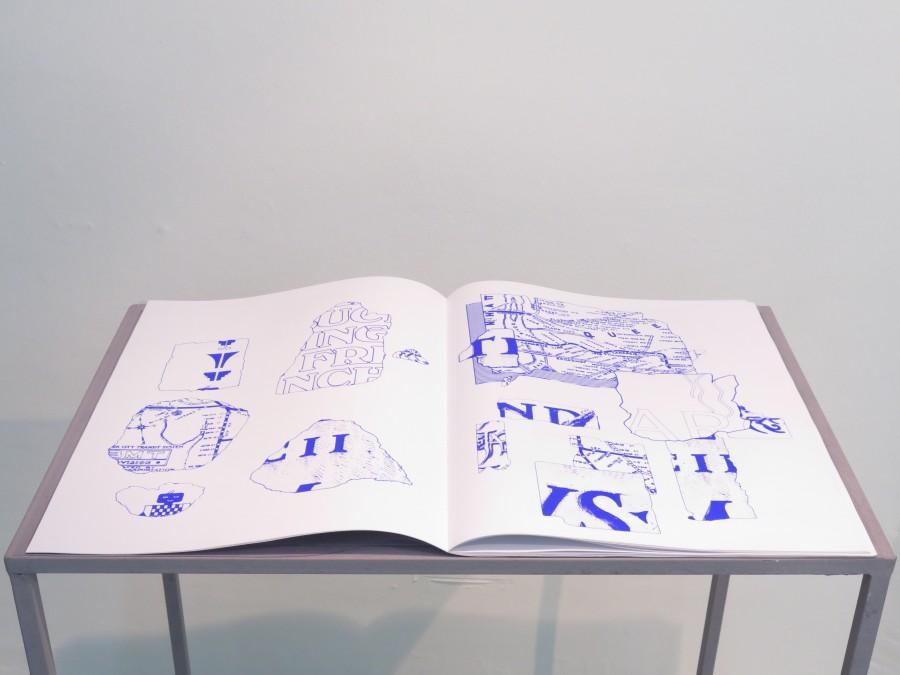 """Vista de la exposición """"Zombi Mall"""", de Ignacio Gatica, en Die Ecke Arte Contemporáneo, Santiago de Chile, 2017. Foto cortesía de la galería"""