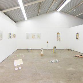 Juan Pablo Garza, vista de la exposición Sin título con amarillo, Oficina #1, Caracas, 2014. Cortesía del artista