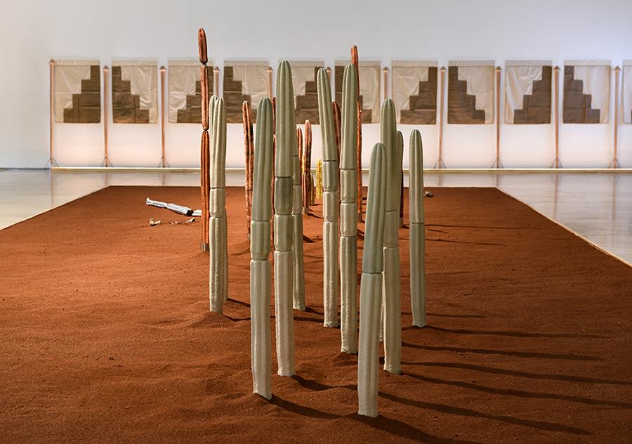 Vista de la muestra La Dama de Cao de Silvana Pestana y Pancho Casas en Galería Patricia Ready, Santiago de Chile. Foto: cortesía de los artistas.