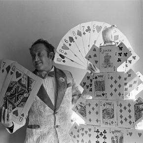 Paz Errázuriz, Mago Hay-Dalan,1988, (impresa en 2013), 40,5 x 50,5 cm, impresión en gelatina de plata. Ed 1/6. Cortesía: Cecilia Brunson Projects, Londres
