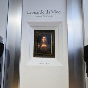 Salvator Mundi, un excepcional óleo del maestro renacentista Leonardo da Vinci, se remató anoche en una subasta de la casa Christie's de Nueva York por la cifra récord de 450,3 millones de dólares