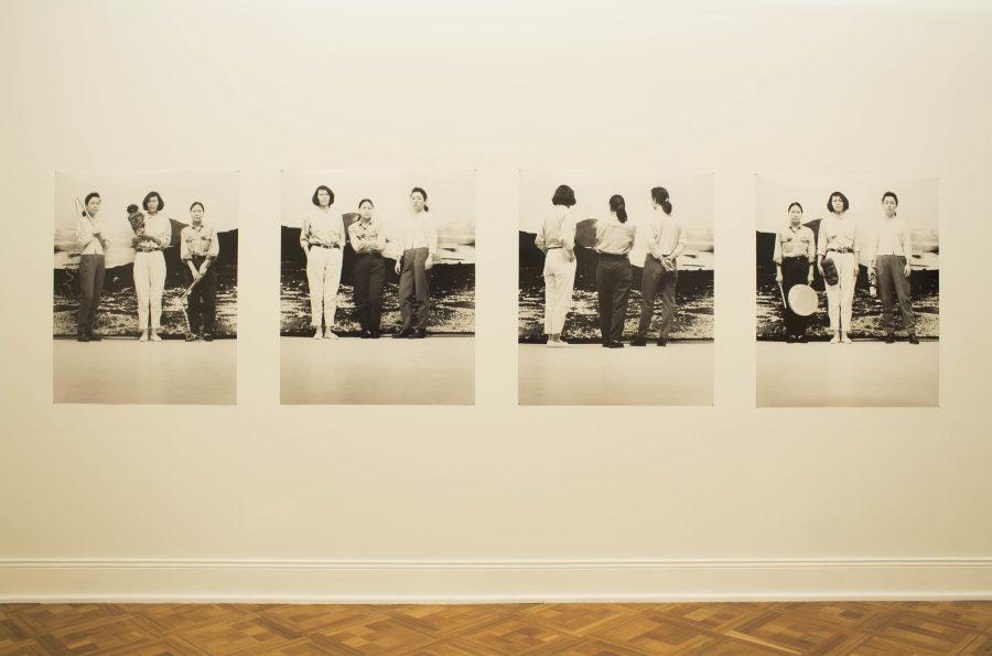 Pia Arke, De tre Gratier [Las tres Gracias], 1993. Fotografía. Colección y cortesía de Brandts - Museum of Art and Visual Culture / Søren Arke Petersen. Foto cortesía del MSSA
