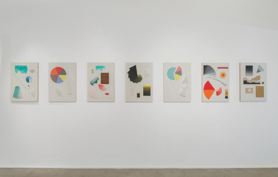 Vista de la muestra Una teoría visual de la distribución de Alicia Herrero en Galería Henrique Faría, Buenos Aires. Foto: cortesía de la galería.