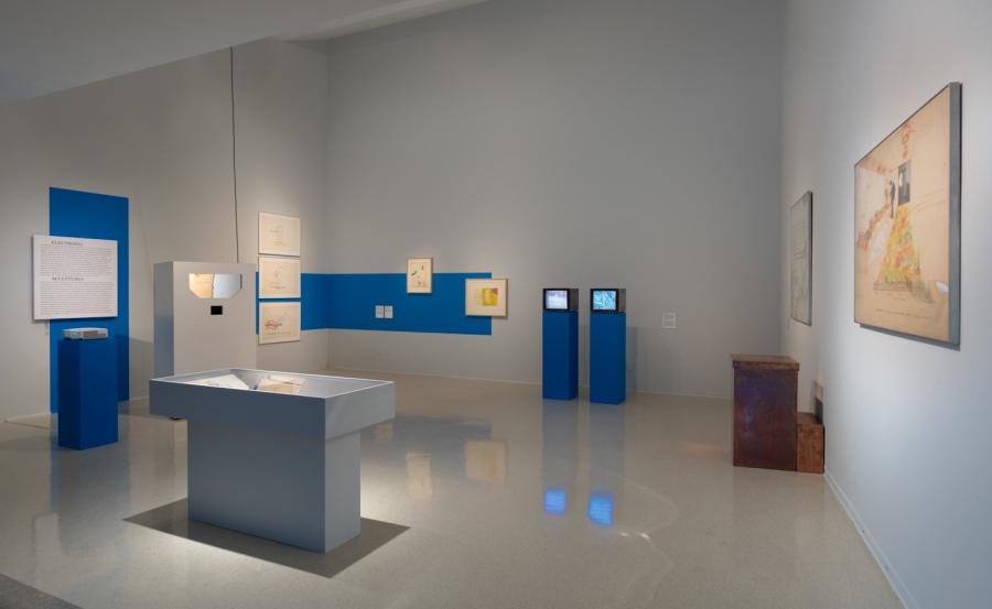 """Vista de la exposición """"Juan Downey: Radiant Nature"""", en Pitzer College Art Galleries, Claremont, California, 2017. Cortesía: The Estate of Juan Downey. Foto: Robert Wedemeyer"""