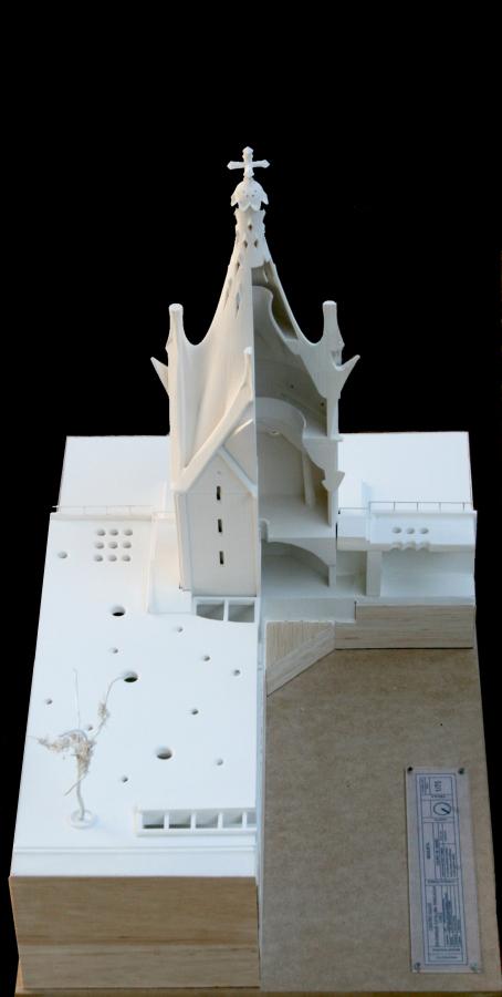 """Maqueta del """"Centro Cultural y Espiritual Gaudí"""". Archivo de Christian Matzner."""
