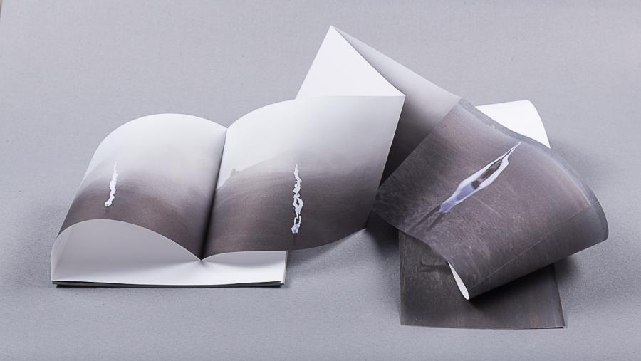 """""""Coreotopías"""", libro de artista de Miguel Braceli. Cortesía del artista"""