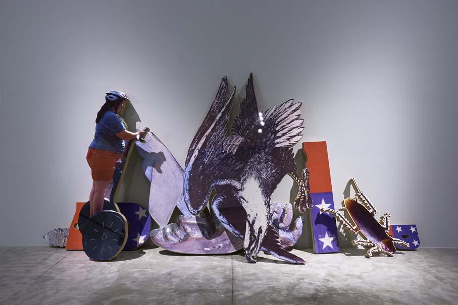 """Miasma, 2017. Vista de la exposición """"Colateral"""", de Yoshua Okón, en el MUAC, Ciudad de México, 2017-2018. Cortesía: MUAC"""