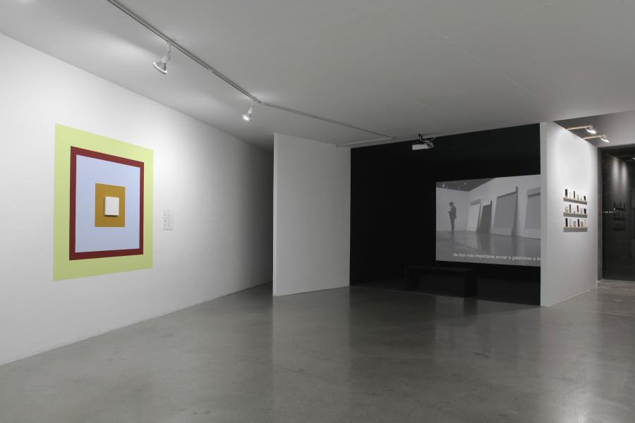 """Vista de la exposición """"A Dominant Mode of Art Production"""", de Cristina Garrido, en Galería Curro, Guadalajara, México, 2018. Cortesía de la galería"""