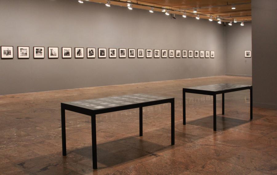 """Vista de la exposición """"Dorminhocos"""", de Pierre Verger, en la CAIXA Cultural Río de Janeiro, Brasil, 2018"""