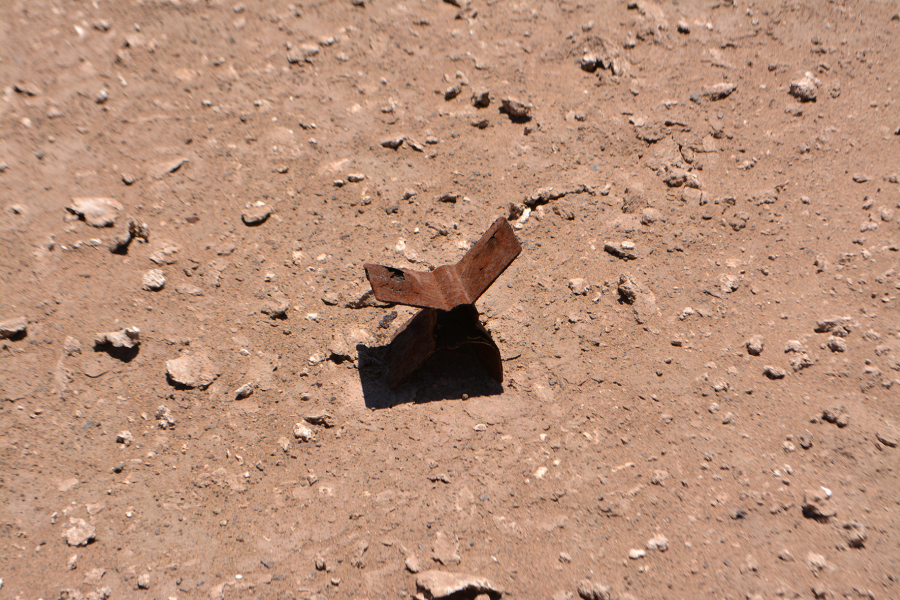 Catalina González, registro de residuo encontrado en el Desierto de Atacama, Chile. Cortesía de la artista