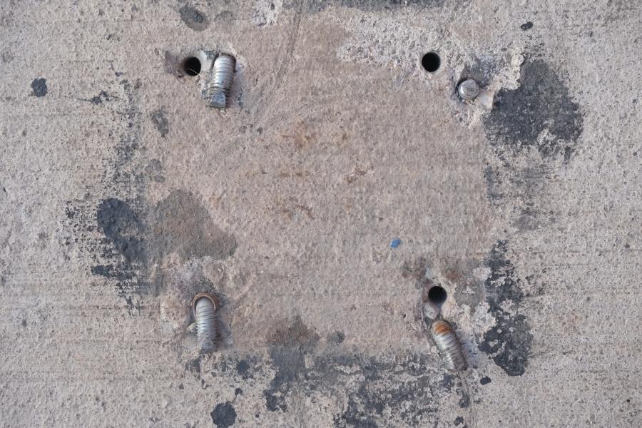 """Carlos Rivera. Registro de huella de """"flanche"""" encontrado en las calles del centro de Santiago, 2018. Cortesía del artista"""