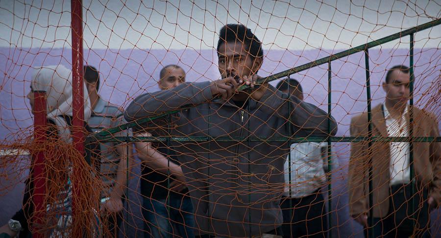 Refugiados en Khan Yunis, Gaza, Palestina. Fotograma del documental Marea Humana del artista chino, próximo a estrenarse en Chile por Fundación CorpArtes. Foto: cortesía CorpArtes.