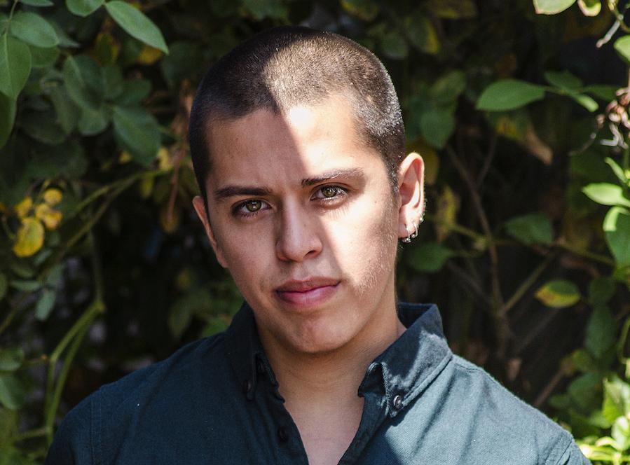 SEBASTIÁN CALFUQUEO. ARTISTA VISUAL, MAPUCHE, FEMINISTA, GAY