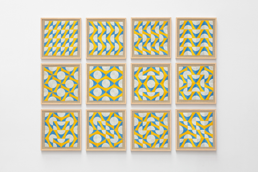 Damián Ortega, Sin título, 2015, set de 12 bordados en computadora, 33 x 33 x 2.4 cm. © Damián Ortega / kurimanzutto
