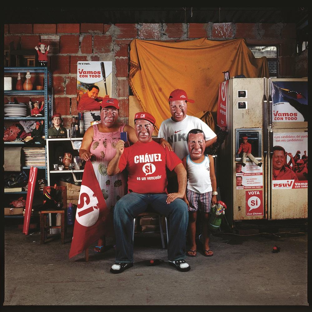 Nelson Garrido, La familia en el pensamiento único, 2008. Cortesía del artista