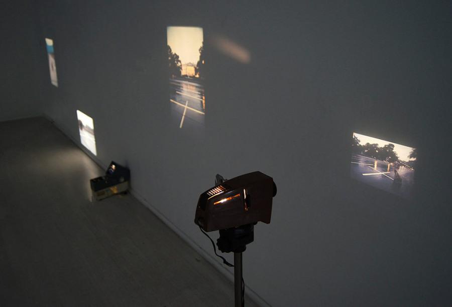 Lotty Rosenfeld, Una milla de cruces en el pavimento, 1979, video instalación © Aninat Isabel Galeria