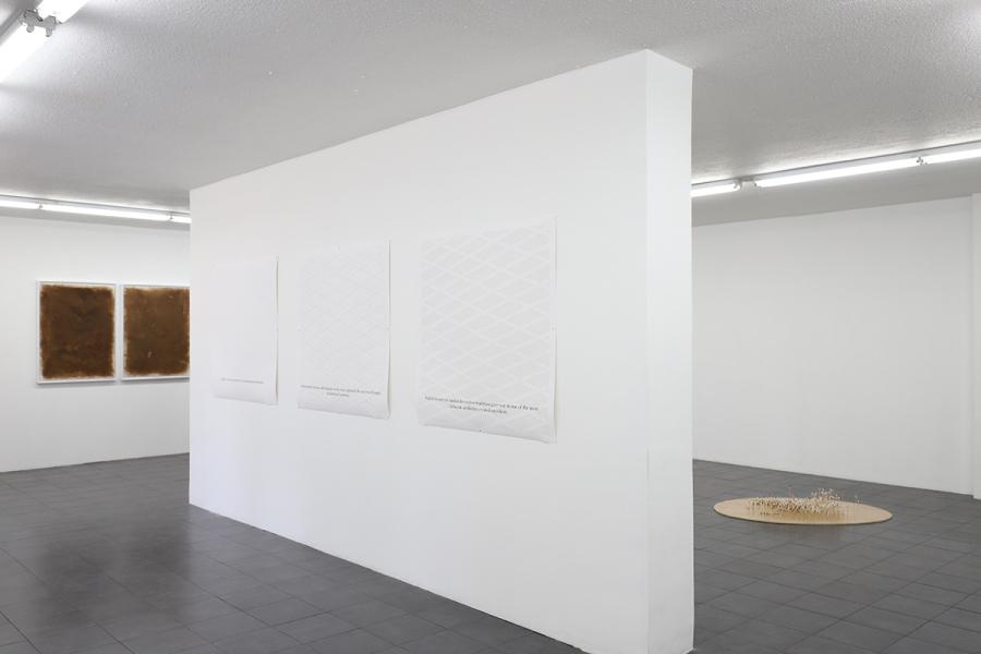 """Vista de la exposición """"Sobrenatural"""", de Adán Vallecillo, en Galería Extra, Ciudad de Guatemala, 2018. Foto: Juan Carlos Mencis. Cortesía: Galería Extra"""