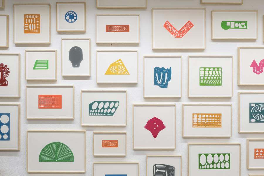 """Marlon de Azambuja, Lecciones de Pintura. Vista de la exposición """"Campo"""", en Tasman Projects, Madrid, 2018. Cortesía del artista"""