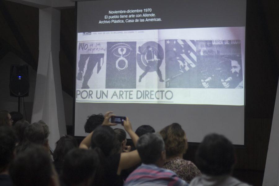 """Conferencia """"Nuevas Narrativas sobre Arte y Solidaridad entre Chile y Cuba"""", en el Museo de la Solidaridad Salvador Allende, Santiago de Chile, 15 de marzo de 2018. Foto cortesía del MSSA"""