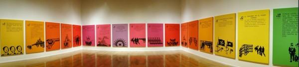 Vista de la exposición Por la vida… Siempre! en el MMDDHH, Santiago, 2011. Imagen vía lautevive.blogspot.com