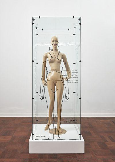 Teresa Burga, Perfil antropométrico y fisiológico, 2017, maniquí. Cortesía: 80M2 Livia Benavides (Perú)