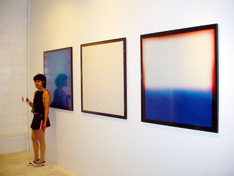 """Vista de instalación de """"Space 2"""", primera individual de Cecilia Jurado Chueca en Nueva York, 2004"""