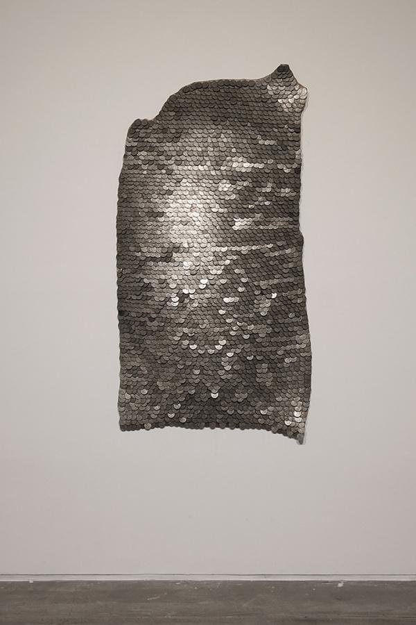 Andrés Bedoya, S/T Monedas, 2016, 150 x 75 cm. Cortesía: Ginsberg Galería, Lima
