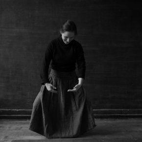 Catalina Bauer, Primeras Palabras (en colaboración con Amelia Ibáñez), 2014, still de video, 4 min 42 s. Cortesía: Die Ecke Arte Contemporáneo, Santiago de Chile
