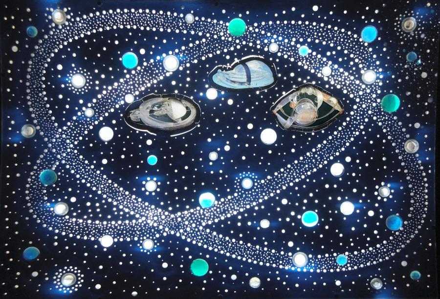 Gyula Kosice, Hábitats Hidroespaciales en la Constelación de Irina, 2009, plexiglass, luz, 51 x 71 x 14 cm. Obra parte de Zoom, nueva sección en arteBA 2018. Cortesía: artBA