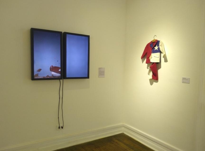 """Vista de la exposición """"Colección Abierta"""", en en la Fundación Cultural de Providencia – Palacio Schacht, Santiago de Chile, 2018. Foto: Alejandra Villasmil"""