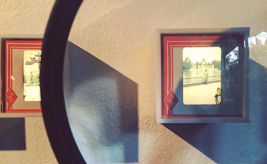 Vista de la muestra INFILTRADAX de Juvenal Barría en Galería Isabel Croxatto, Santiago de Chile. Foto: Nicolás Narváez para Artishock.