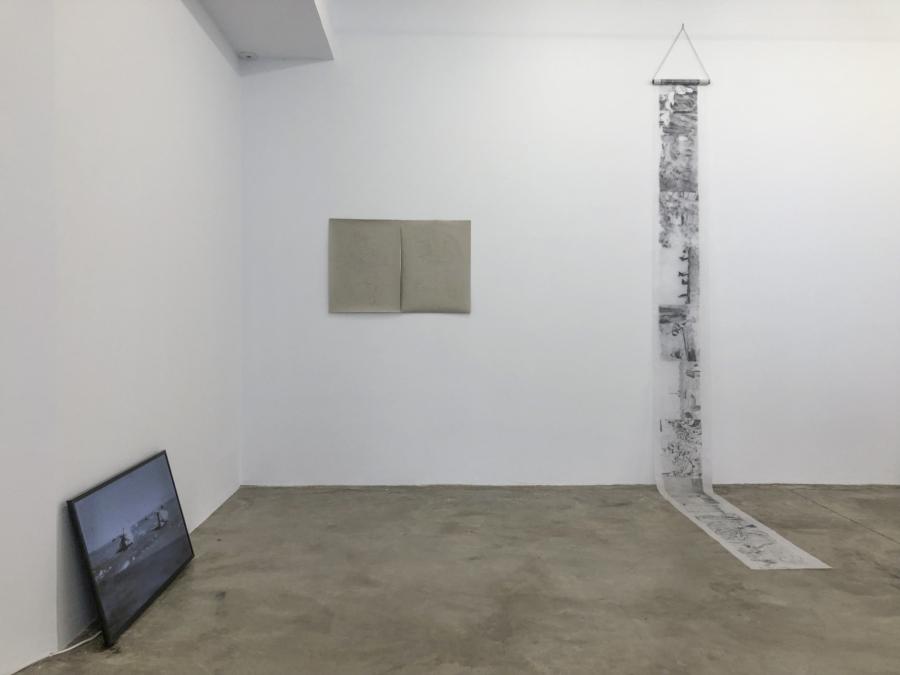 """Vista de la exposición """"Lo Digerido"""", en Espacio Dörffi, Arrecife, Las Palmas, Islas Canarias, España, 2018. Foto cortesía Dalia de la Rosa"""