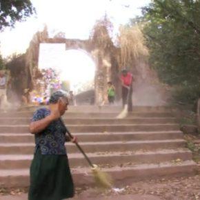 Verónica Vides, La Barrida, 2010, still de video. Cortesía de la artista