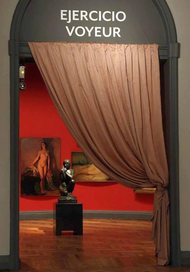 """Vista de la exposición """"(en)clave Masculino. Colección MNBA"""", en el Museo Nacional de Bellas Artes, Santiago, 2016. Cortesía: MNBA"""
