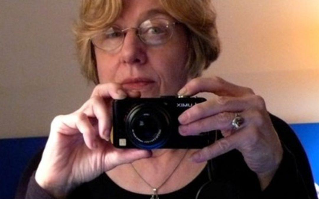MARTHA ROSLER SOBRE LA VIGENCIA DE LA FOTOGRAFÍA DOCUMENTAL Y SU RELACIÓN CON CHILE