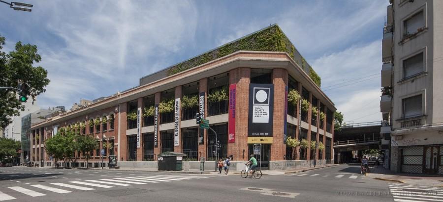 """MUSEO DE ARTE MODERNO DE BUENOS AIRES REABRE SU EDIFICIO AMPLIADO CON LA MUESTRA """"HISTORIA DE DOS MUNDOS"""""""