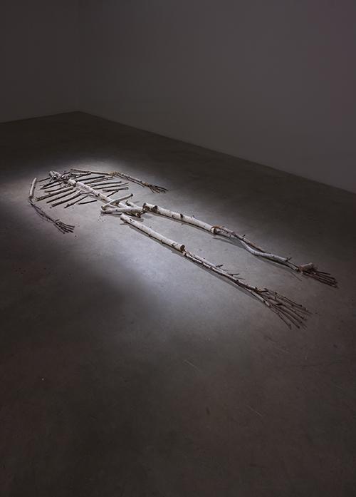 Obra de Cristián Silva en la muestra Tectonic Shift: Contemporary Art from Chile, realizada en 2011 en Saatchi Gallery, Londres. Foto: cortesía Fundación AMA.