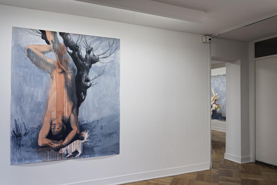 """Vista de la exposición """"Otras caídas"""", de Pablo Ferrer, en D21 Proyectos de Arte, Santiago de Chile, 2018. Foto cortesía de la galería"""